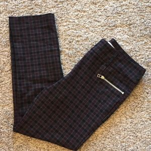 Plaid jeggings with zipper detail